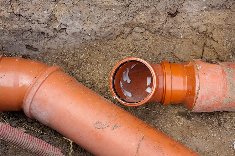 Clogged sewer can do so much damage to your home which is why water jetting from Lake Cook Plumbing can help.